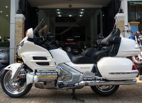 Honda Gold Wing 2010 – giấc mơ của người dẫn đầu