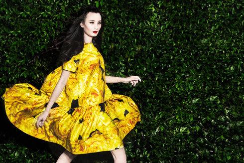 Những người mẫu lạc bước vào 'Khu vườn' thời trang đầy thích thú
