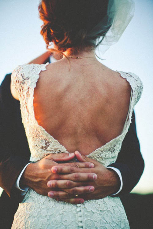 Váy cưới khoe lưng ong gợi cảm dành cho nàng