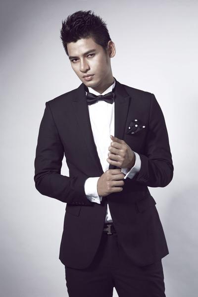Mister Việt Nam Lê Khôi Nguyên du học về thời trang