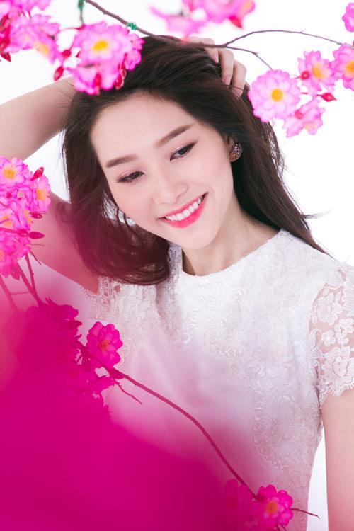 Hoa hậu Thu Thảo chia sẽ về ngày tết