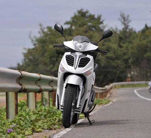 Đối thủ của Honda SH Việt bị chê xấu dù chưa ra mắt