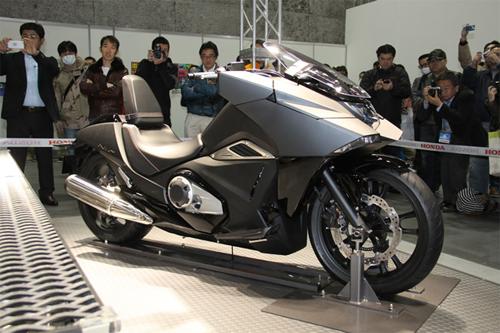 Hình ảnh Scooter hầm hố Honda NM4 có giá 11.000 USD