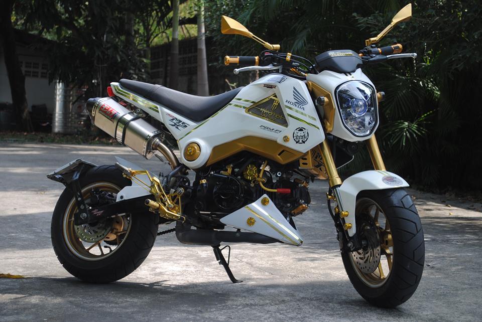 Honda MSX đơn giản với tông màu vàng trắng