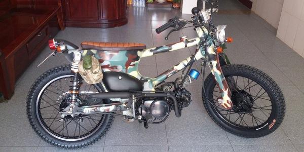 Honda Cub độ phong cách bộ đội độc nhất Việt Nam