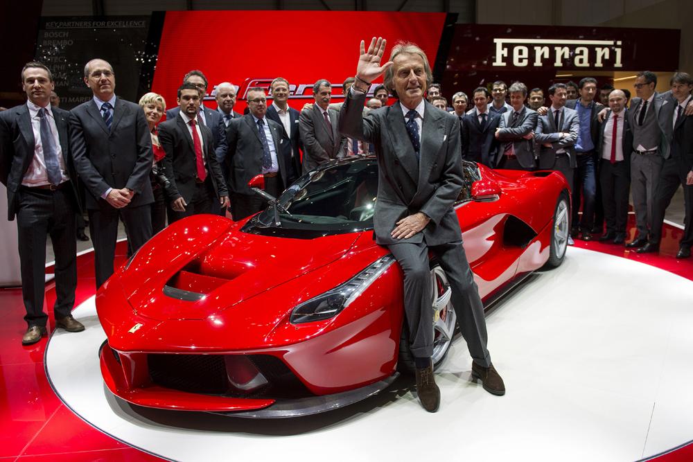 """Ferrari """"vùng vẫy"""" trong bàn tay của tập đoàn Fiat"""