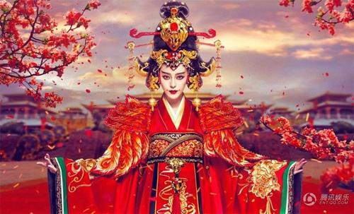 Choáng ngợp với váy áo của Phạm Băng Băng