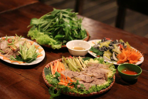 Ba quán ăn chuyên bò hút khách ở Hà Nội bạn nên ghé