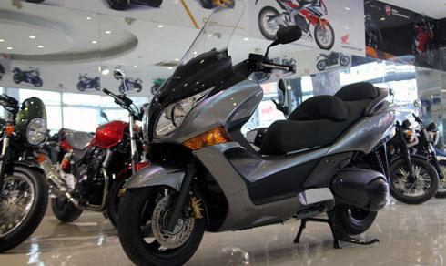 Honda Silver Wing GT600 ABS đã về Việt Nam