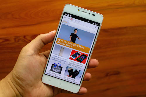 Q Glam smartphone thời trang tầm trung