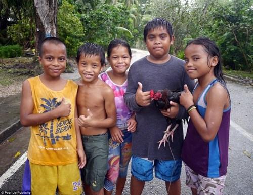 Cùng xem về cuộc sống thanh bình của đảo quốc bé nhất thế giới