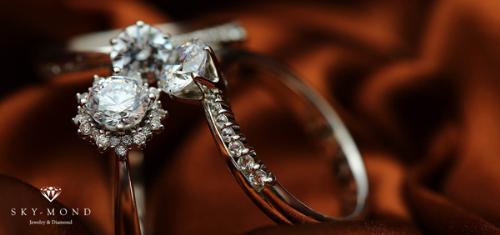 Phân biệt trang sức từ bạch kim và vàng trắng như thế nào?