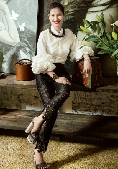 Thủy Nguyễn chi sẽ 'Thiết kế của tôi giúp phụ nữ gây tò mò'