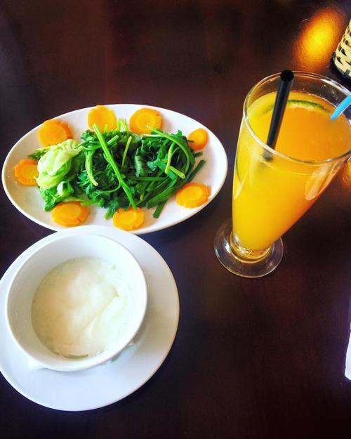 Chế độ ăn giữ dáng của hoa hậu Phạm Hương