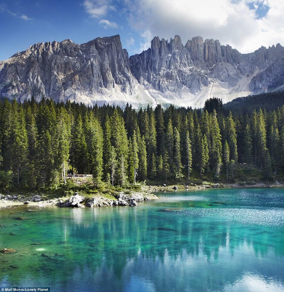 Những góc nhìn đẹp ngoạn mục ở nơi xa xôi trên thế giới