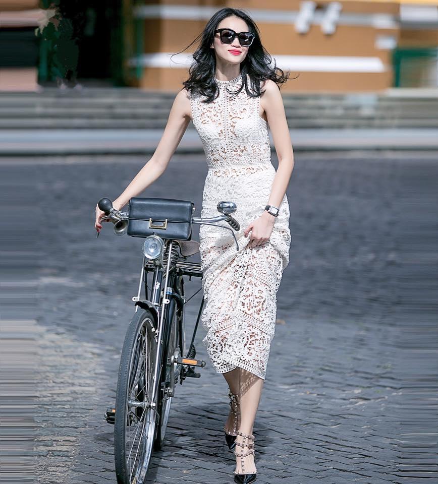 Quý cô 1m8, độc thân, quyến rũ và yêu xe đạp