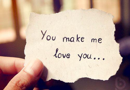 Khi em yêu một người hơn tuổi…