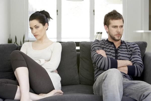 Chồng không chịu chi một xu cho nhà vợ