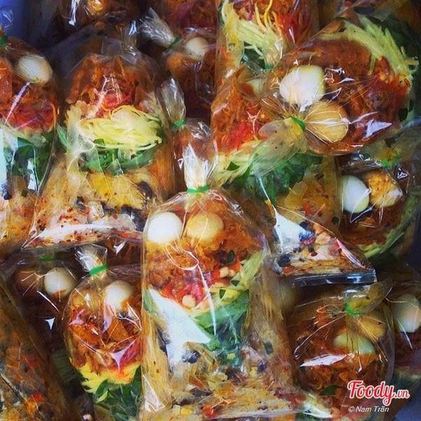 """Danh sách món ăn vặt có khả năng """"gây nghiện"""" cực cao ở Sài Gòn"""
