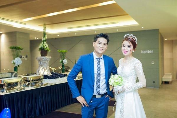 Cặp đôi Sài Thành nhảy múa trong đám cưới