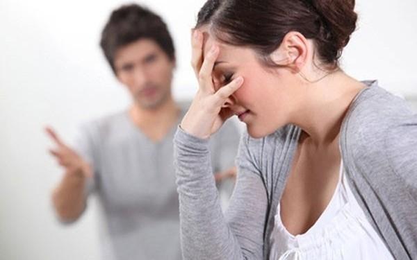 """""""Không thể tin được"""" anh chồng đòi chia từ 3000 đồng gửi xe khi vợ đi viện"""