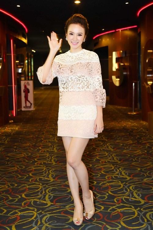 Angela Phương Trinh và Hạ Vi tranh tài thời trang