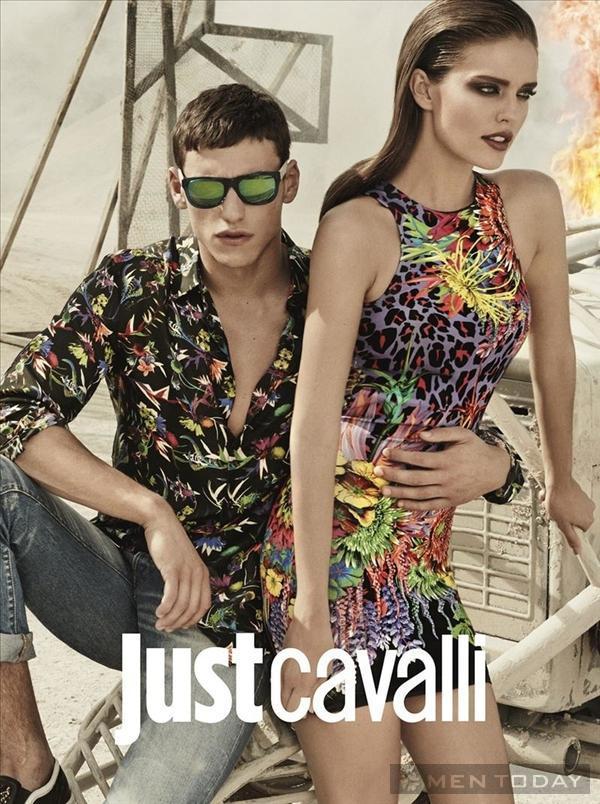 Chiến dịch xuân hè nóng bỏng từ Just Cavalli