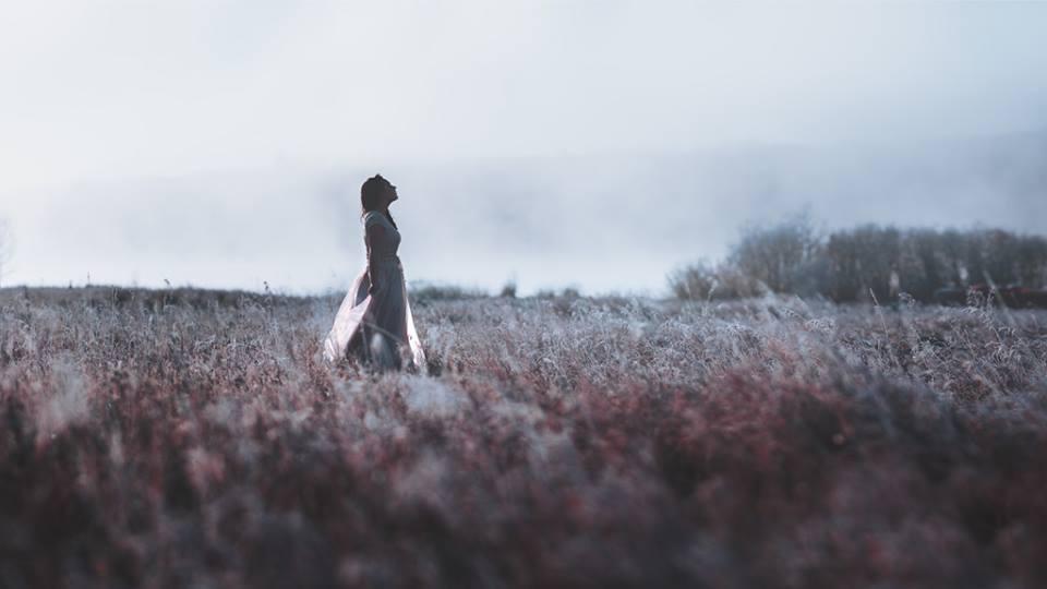 Có nên tiếp tục yêu một người không yêu mình?