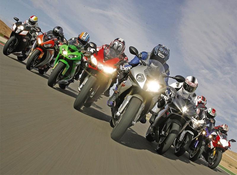 Sự khác nhau giữa Sport Bike, Super Sport