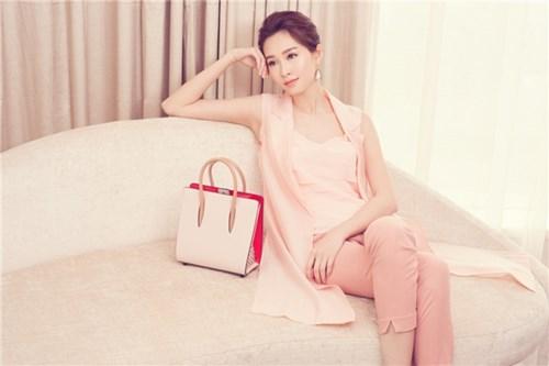 Vẻ đẹp ngọt ngào của hoa hậu Đặng Thu Thảo