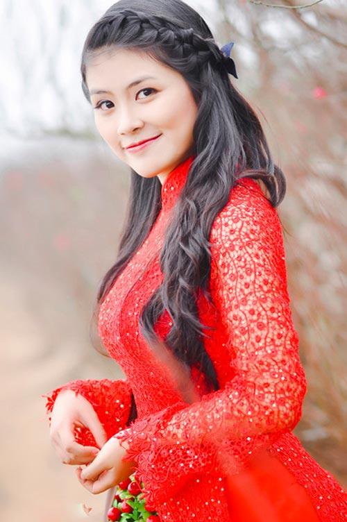 Những kiểu tóc tết đẹp mặc áo dài duyên dáng nhất cho bạn nữ