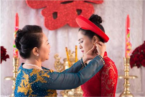 Bí quyết chọn trang sức hoa tai cho nàng dâu mới.