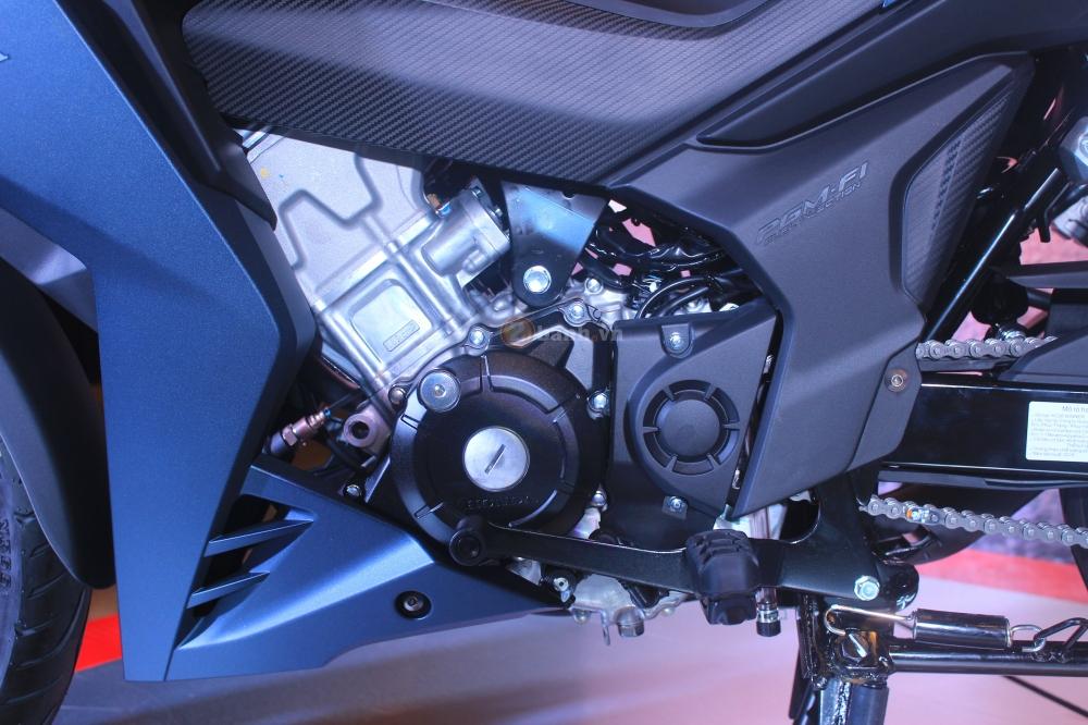 Rả dàn áo chi tiết Honda Winner 150