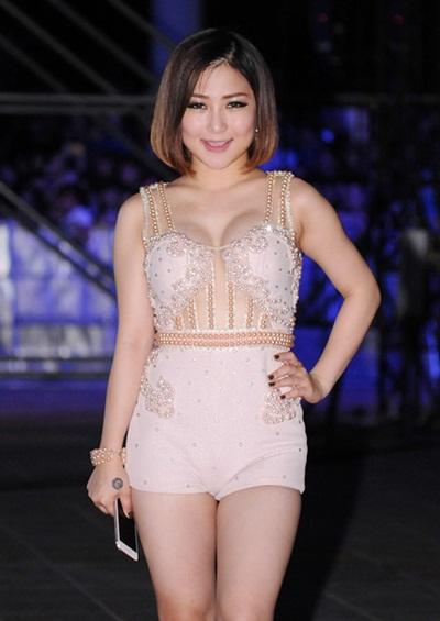 Ngắm sao Việt khi diện váy áo corset