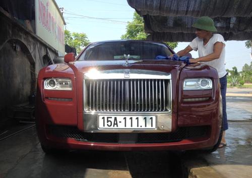Bộ sư tập Rolls-Royce biển số 'khủng' của đại gia Việt