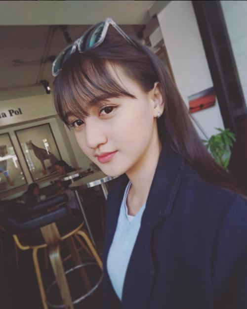 Nữ sinh Cần Thơ xinh đẹp 16 tuổi hot nhất MXH