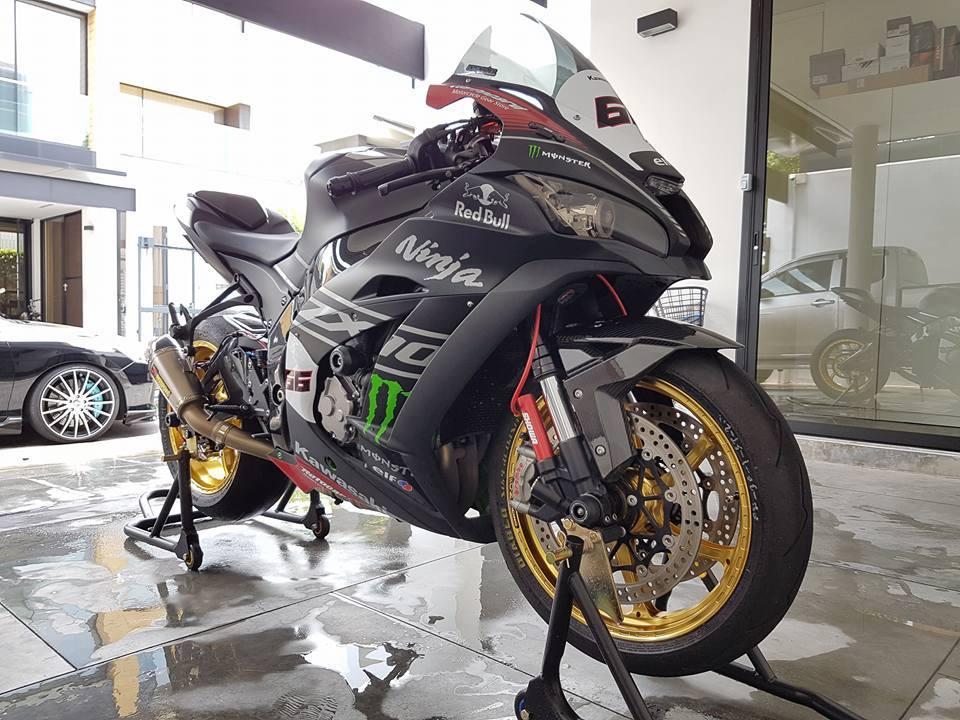 Siêu phẩm ZX10R chất chơi với đồ khủng của biker Thái
