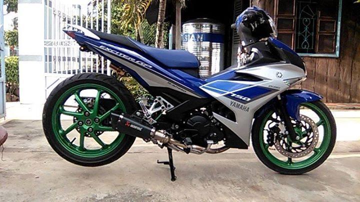 Yamaha Exciter độ gắp N thêm vài thứ cứ như môtô