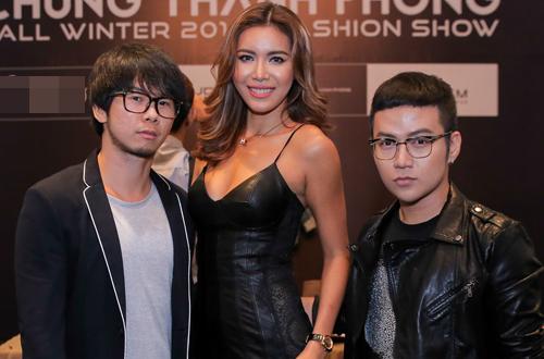 Chân dài Minh Tú tuyển người mẫu cho NTK Chung Thanh Phong
