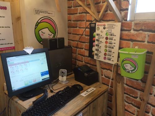 Ghé thăm quán đồ uống không người phục vụ đầu tiên ở Hà Nội