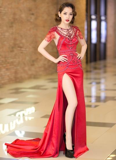 Chi Pu, Diệp Lâm Anh hai người đẹp theo xu hướng gợi cảm