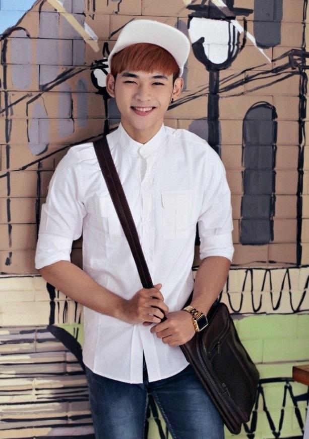 Lịch lãm phong cách trong mọi hoàn cảnh với áo sơ mi nam phong cách Hàn