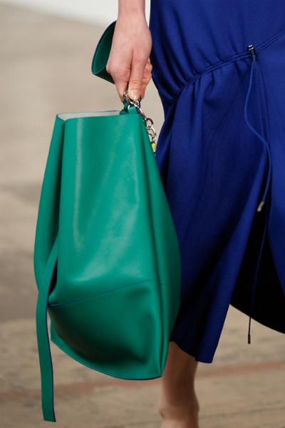 Một số quà tặng thời trang cho phái đẹp đầy hấp dẫn