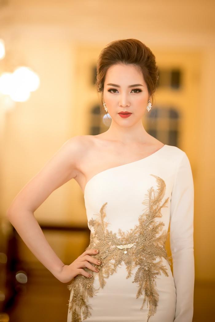 Nữ hoàng sắc đẹp Ngọc Duyên tái xuất khiến fan thẫn thờ