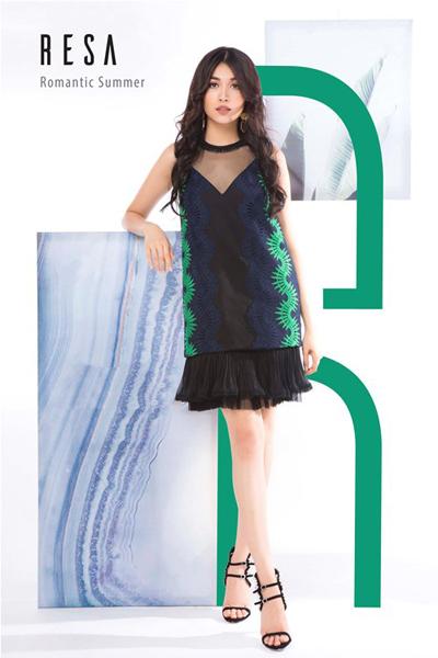 Á hậu Lệ Hằng với BST váy ren lãng mạn