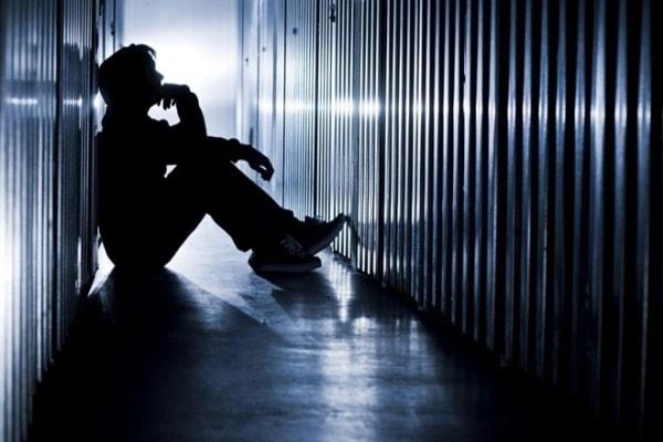 Nguyên nhân và cách điều trị bệnh trầm cảm