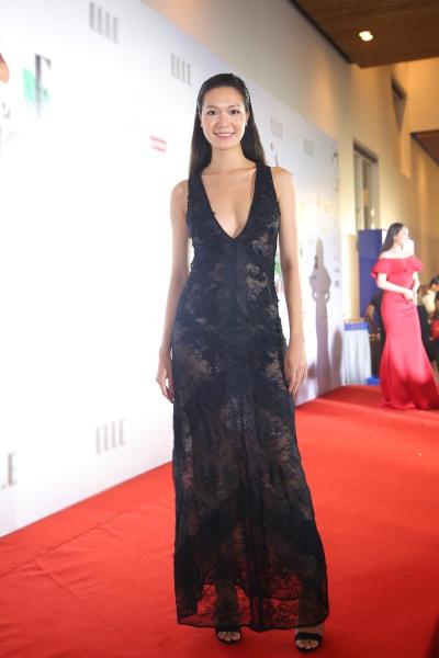 Hoa hậu Thùy Dung trên thảm đỏ thời trang