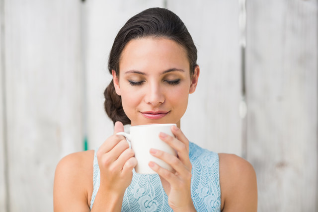 Lợi ích tuyệt vời của việc thường xuyên uống nước ấm