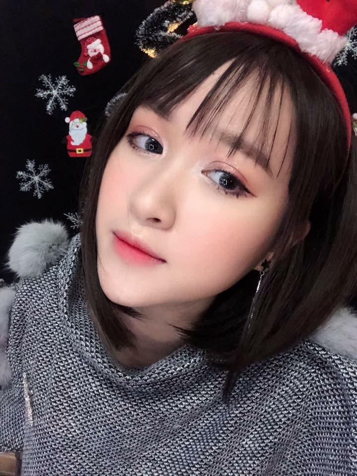 Cách make-up vào hè của 9X xinh đẹp Hà thành