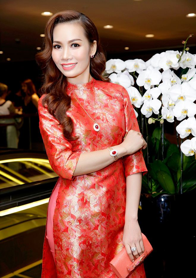 2 Ms Universe Business tái ngộ diễn viên Trần Bảo Sơn